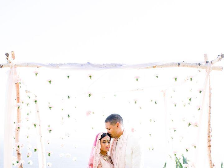 Tmx Big Sur Wedding Da Bridal Hair And Makeup 14jpg 51 934978 San Francisco, CA wedding beauty