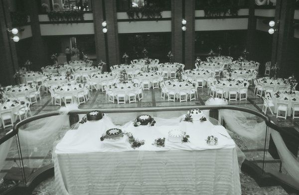 800x800 1311102078702 weddingtable