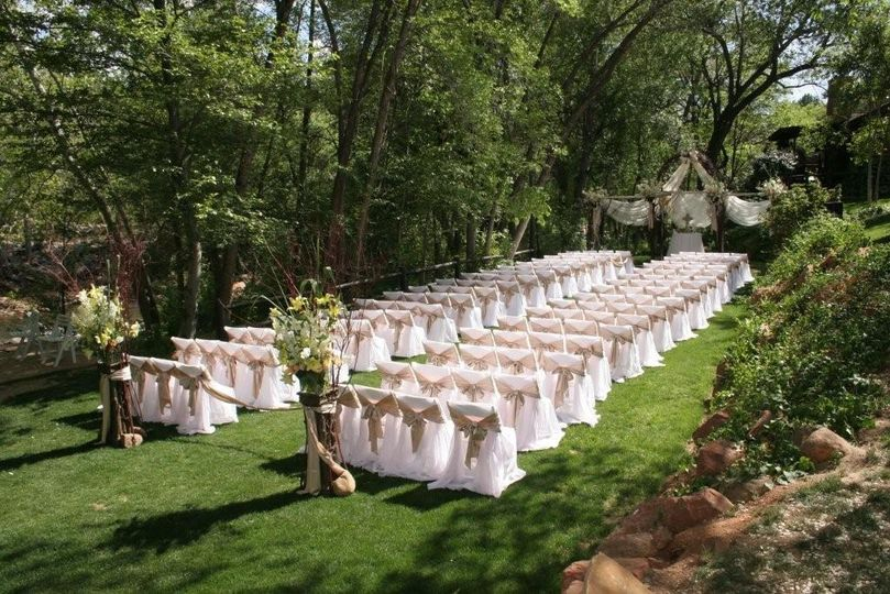 Cottage Lawn Ceremony