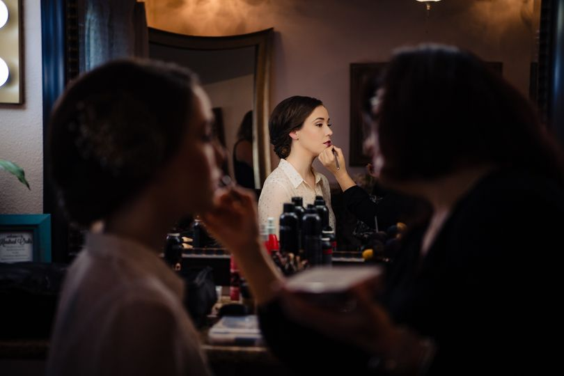 Getting ready - Tiffany Hofeldt Photography
