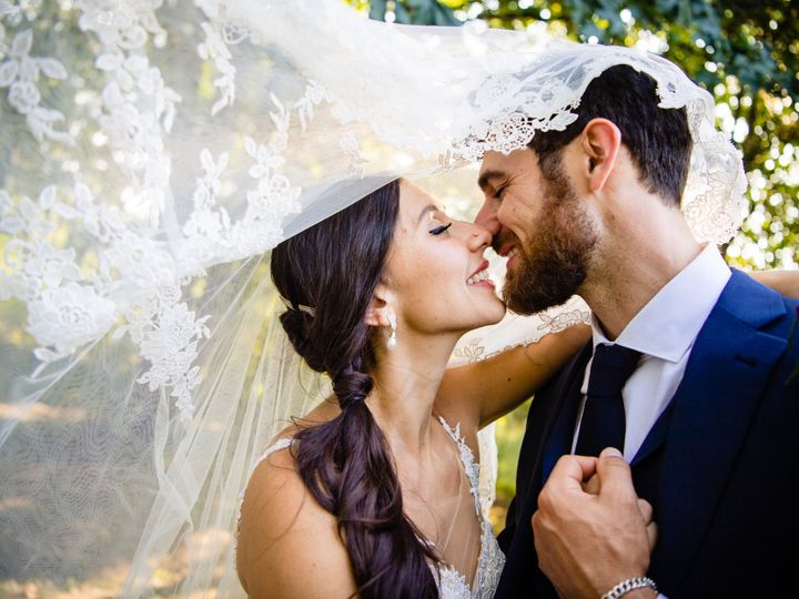 Tmx Sid Izzy Wedding Delivery Day 5 51 487978 1566501358 Austin, TX wedding photography