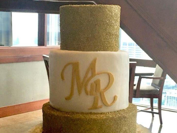 Tmx 1533252604 D93923188e751371 1533252603 1de1800aafa3d97c 1533252599306 10 5 Jacksonville wedding cake