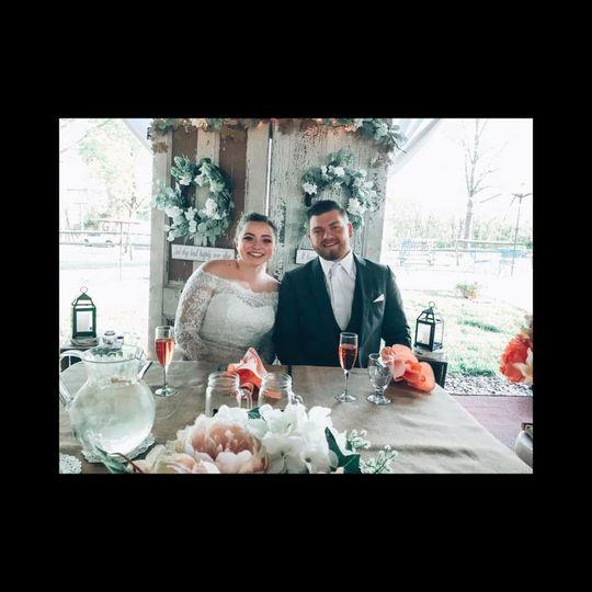 kramer wedding sweetheart table 1 51 129978 1559231027