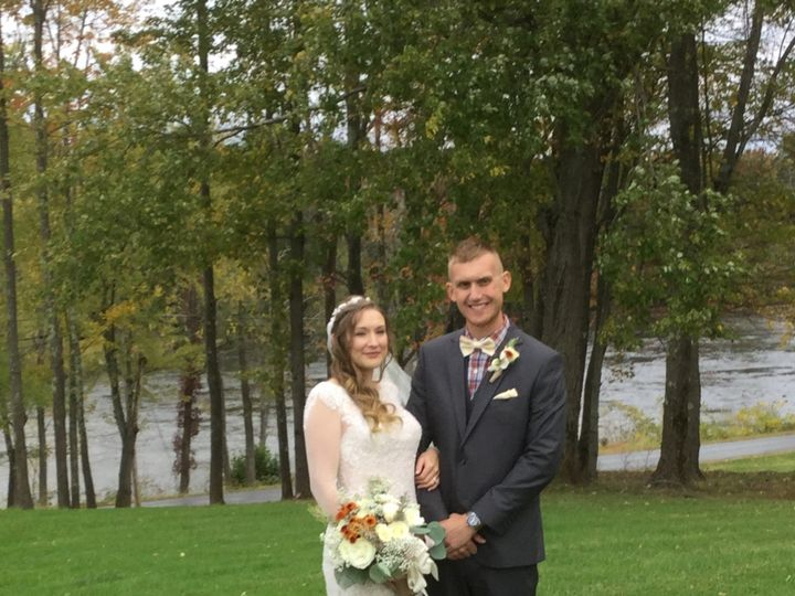 Tmx October 11th 2019 Couple Outside 51 129978 1571924637 Wallkill, NY wedding venue