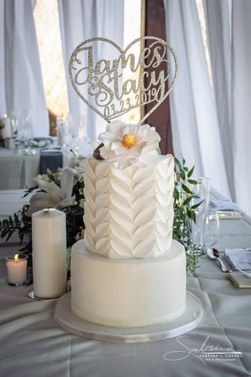 Hexagon texture cake