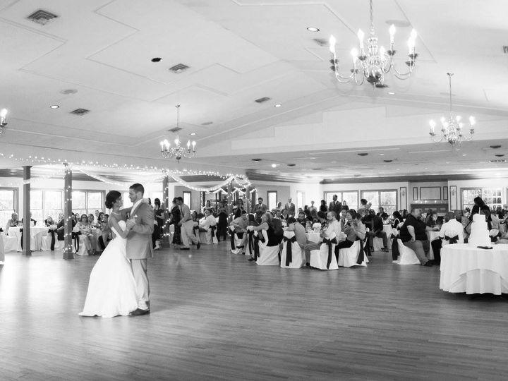 Tmx 1522959284 F5b5cdc6224433c5 1522959283 Dc840aa7af9b6f4d 1522959283230 4 First Dance Bw Front Royal, VA wedding venue