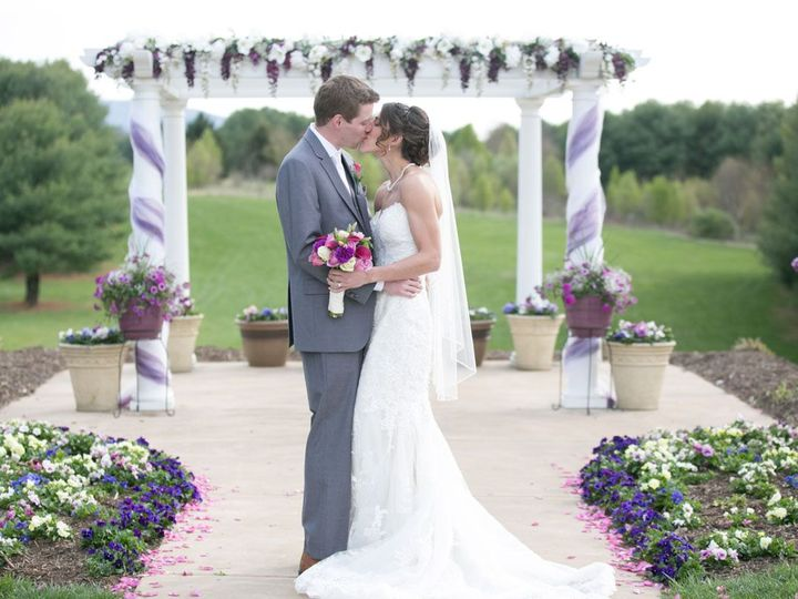 Tmx Arbor Kisses 51 109088 Front Royal, VA wedding venue