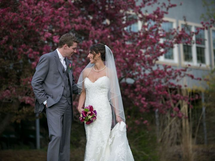 Tmx Lovegaze South 51 109088 Front Royal, VA wedding venue