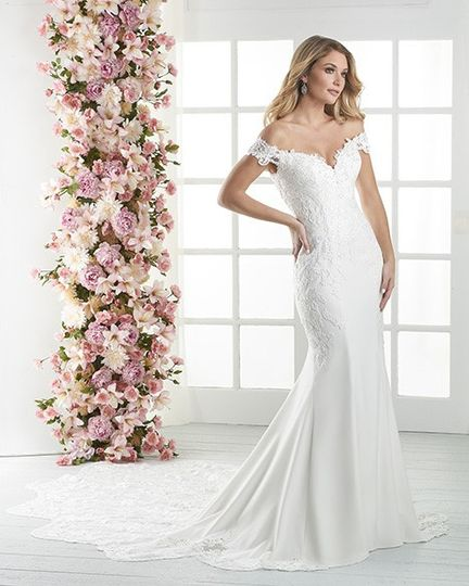 Crepe Lace Wedding Gown
