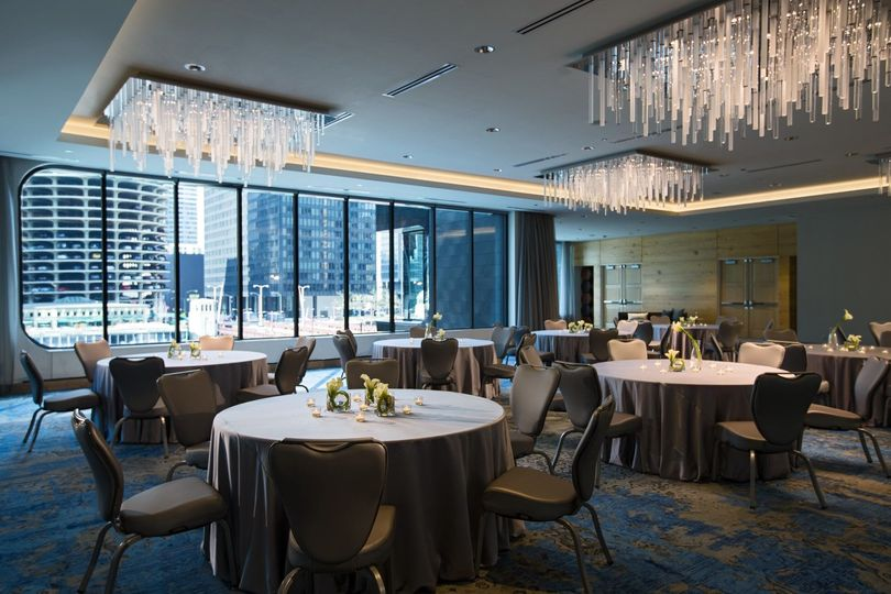 Renaissance chicago downtown hotel venue chicago il weddingwire