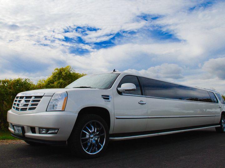 Tmx Cadillac Limousine 51 115188 1573070624 South Portland, ME wedding transportation