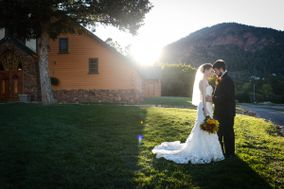 Pinecrest Weddings and Event Center
