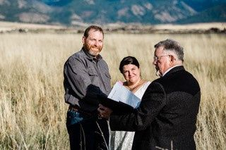 Tmx Donna And Brad During Their Ceremony 51 1017188 157942301367126 Three Forks, MT wedding officiant