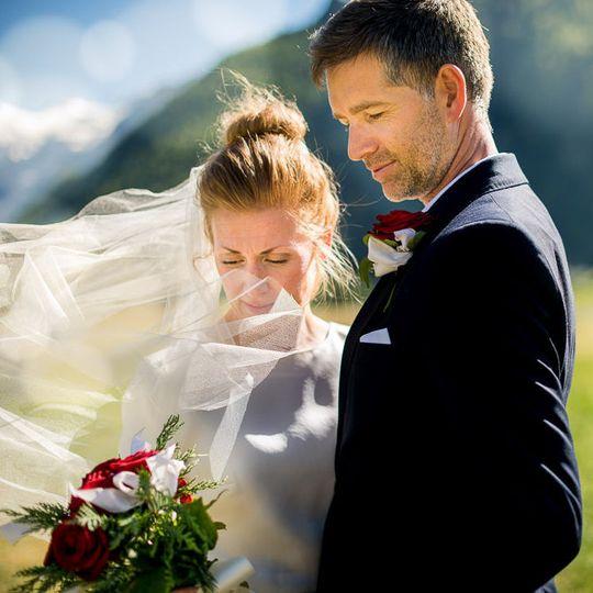 3b155c245576b3eb wedding photographer 030 2