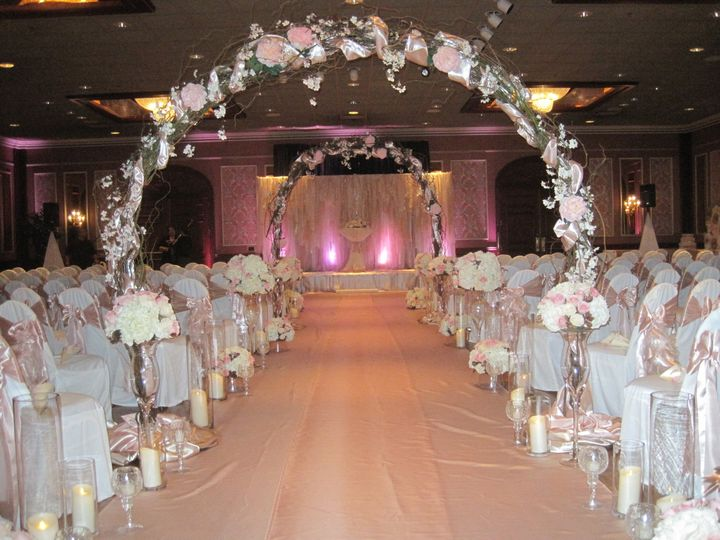Tmx 1468255505080 Wedding Tomlinson 6.13.15 035 Waukesha, WI wedding florist