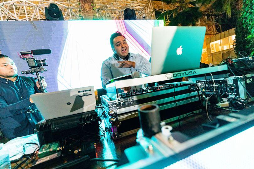 DJ IMALLIN (Maulin Parikh)