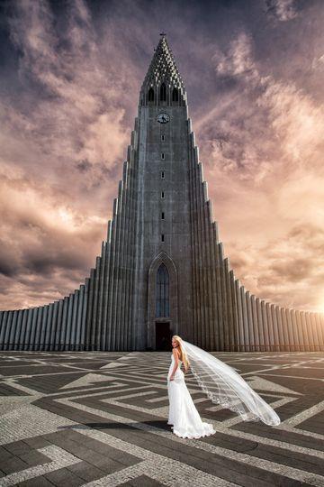 hallgrimskirkja bride iceland