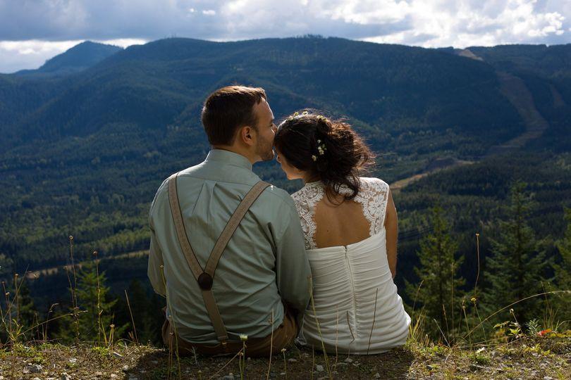 natural wedding landscape portrait 1
