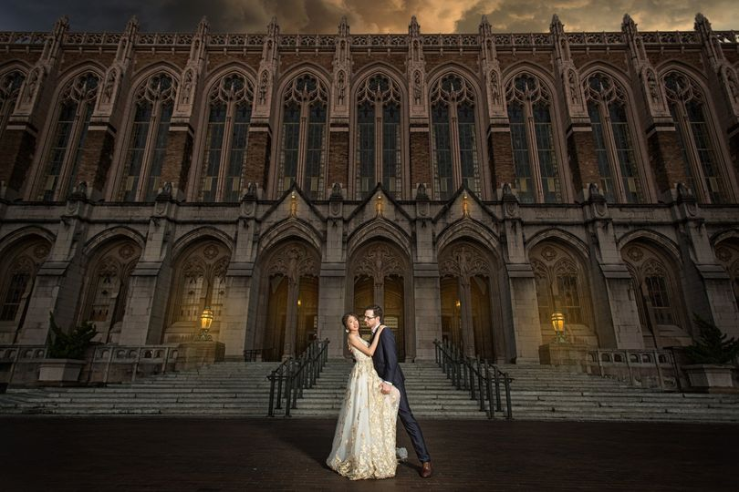 wedding photo uw suzzalo library