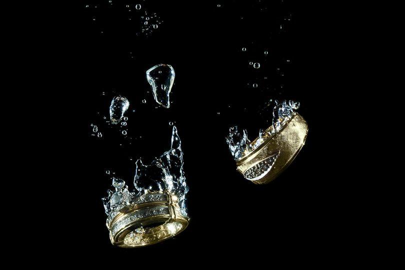 wedding ring splash
