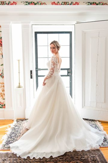 Bride ready to say I do.