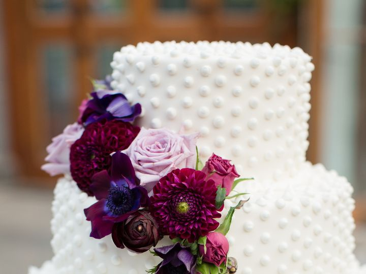 Tmx 1492721348833 Details 031cropped Northborough, Massachusetts wedding cake