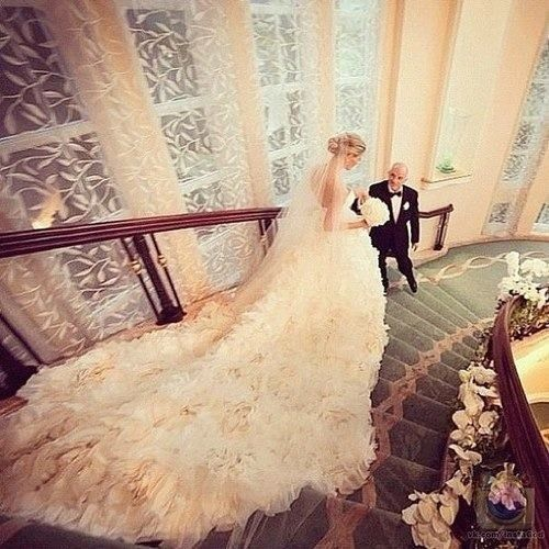 stunning wedding dres