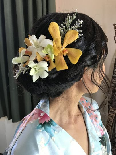 Bridal updo with floral