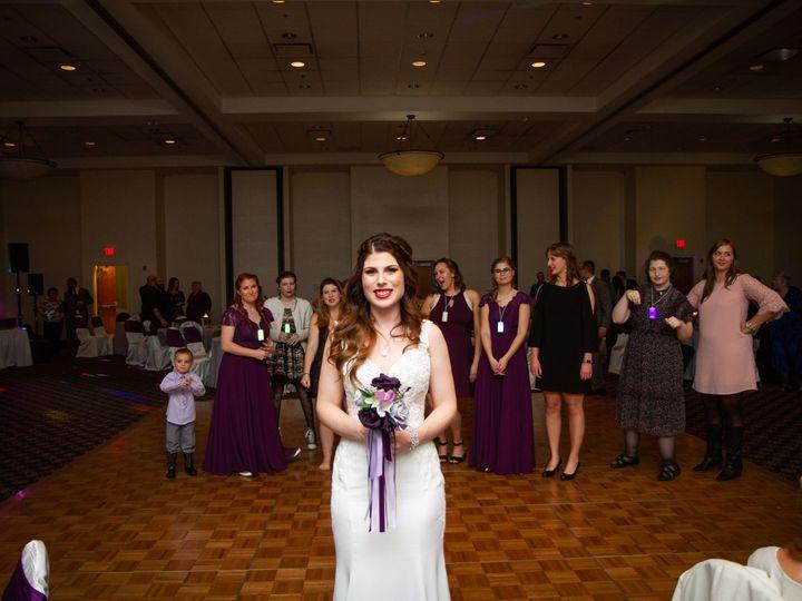 Tmx Bouquet Toss 51 413388 158741214219961 Orland Park, IL wedding venue