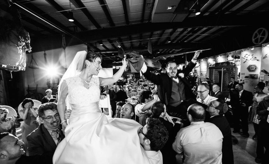 Bride lift