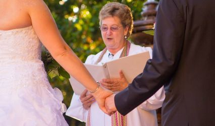 Helen Emberly Wedding Officiant