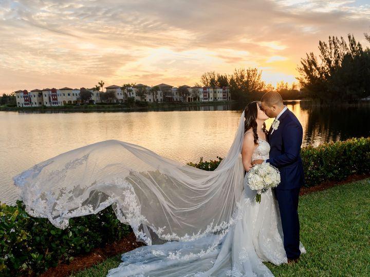 Tmx Fftz7bt 021sizeoriginal 51 964388 161127194285034 Hollywood, FL wedding photography