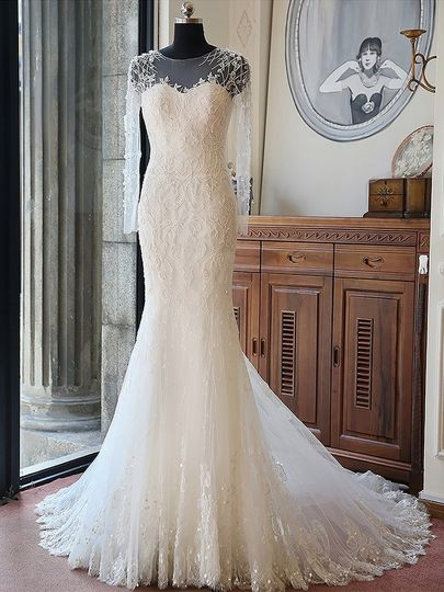 Original Trumpet/Mermaid Scoop Neck Tulle Chapel Train Beading Long Sleeve Wedding Dresses