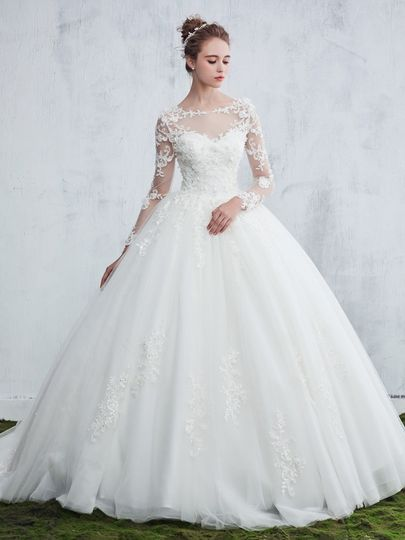 Ball Gown Scoop Neck Tulle Sweep Train Appliques Lace Long Sleeve Beautiful Wedding Dresses