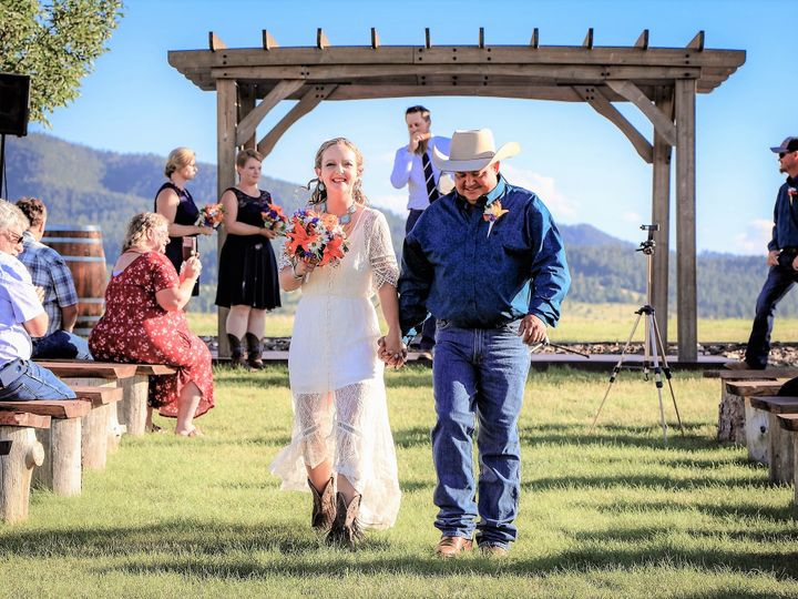 Tmx 2 3 Mr And Mrs 4 51 996388 159749354016583 Sundance, WY wedding photography