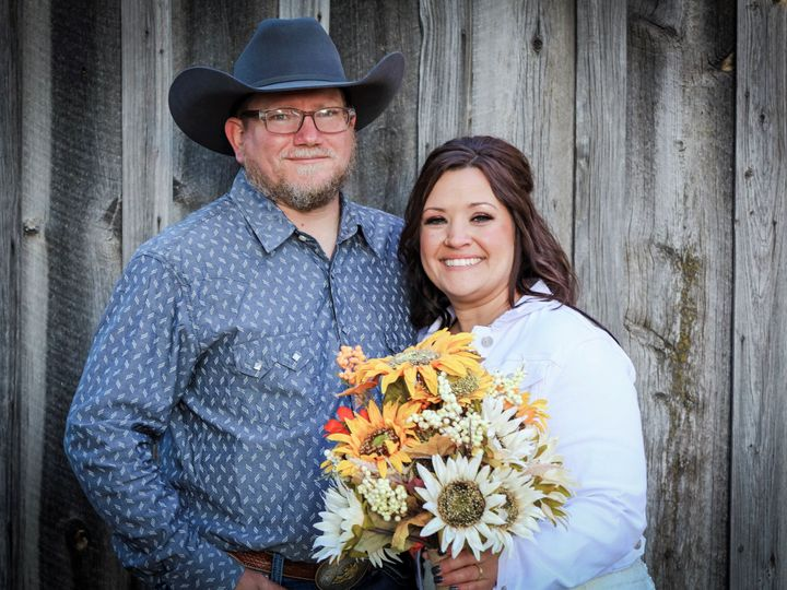 Tmx Bride And Groom By Shed1 2 51 996388 160856055273627 Sundance, WY wedding photography