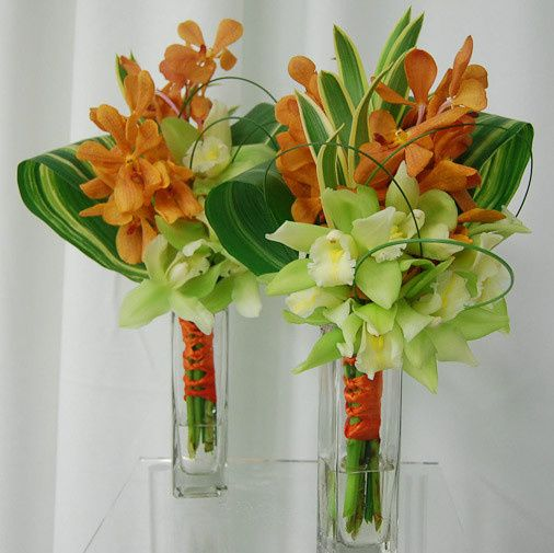 This is a modern twist on a hand tied bouquet. If you are looking for something different...this is...