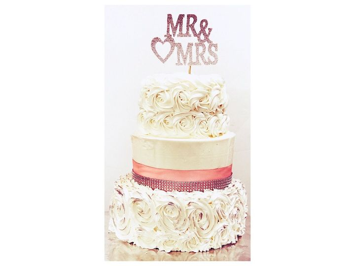 Tmx 1530588701 03f43fe9300ed55e 1530588700 756173175d0c98b3 1530588699174 1 D9E8286C A550 4488 Freehold wedding cake