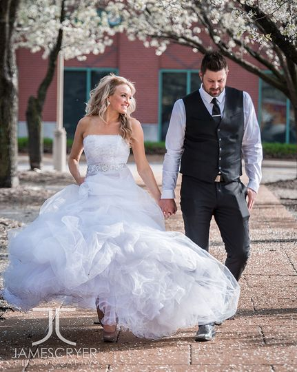 Love and spring blossoms are in the air for these newlyweds!