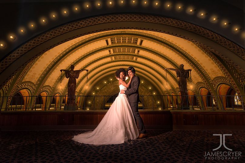Even indoors, wedding photos can be amazing and truly epic!