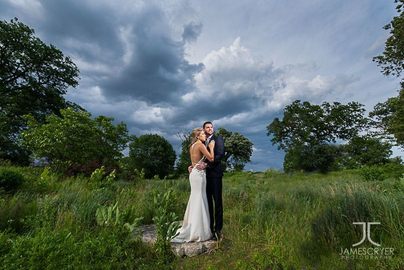 The beauty of nature is often all that is needed to create beautiful wedding portraits.