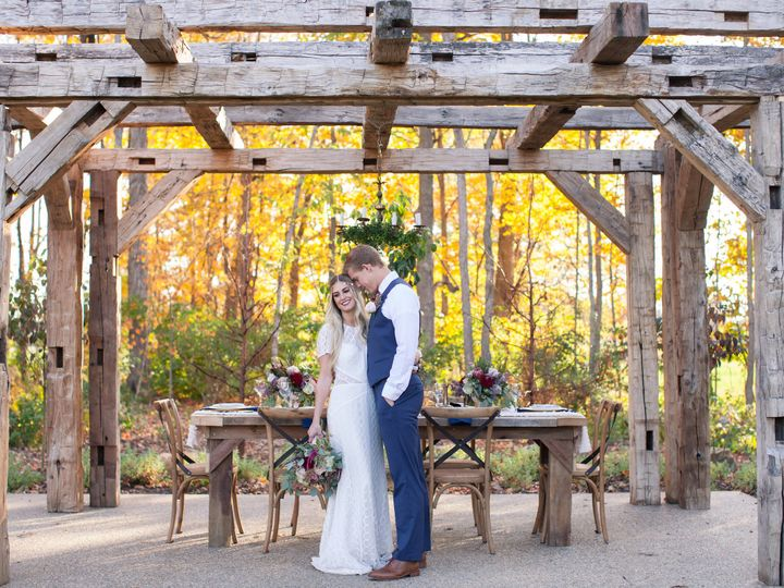 Tmx 1479319763291 Bayhorsestylizedsession 78 2 Greenwood wedding venue