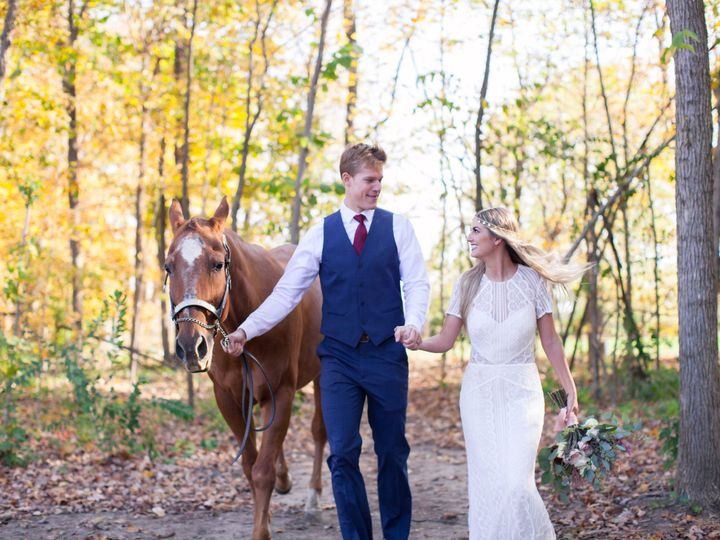 Tmx 1479319999377 Bayhorsestylizedsession 241 Greenwood wedding venue