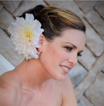 Bride with flower hair accessory