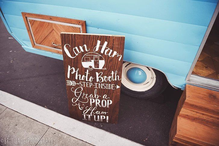 Signage | Brit Jaye Photography