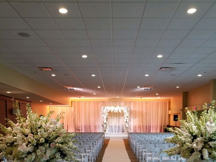 Tmx Couple Picture 7 51 2588 V2 Canton, MA wedding venue