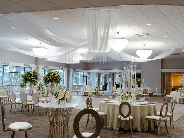 Tmx Jan 31 Shoot 6 51 2588 161333099073704 Canton, MA wedding venue