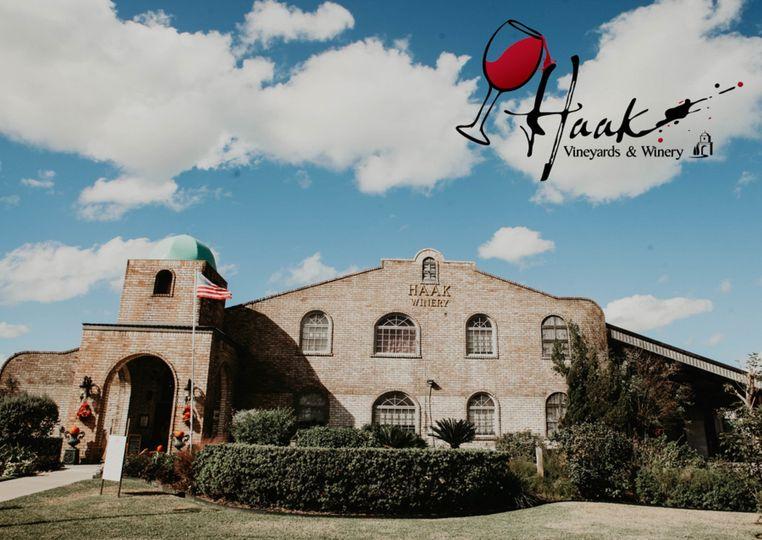 Haak Vineyards & Winery