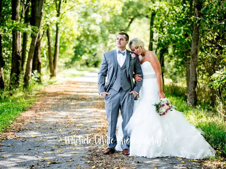 Tmx 1513285424662 21949984101558154440874226575471373662454371o Bloomfield wedding dress