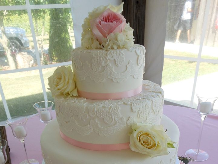 Tmx 1467162849302 Dscn3699 Milford wedding cake